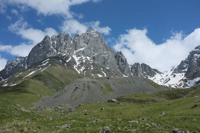 Гора Чаухи, Грузия